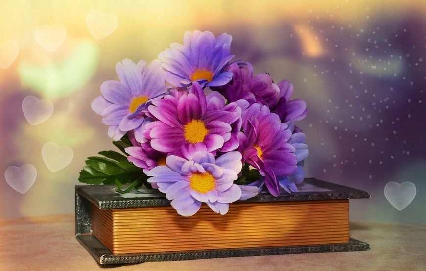 Sztuczne kwiaty doniczkowe