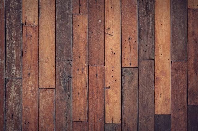 Ogrzewana podłoga z drewna
